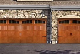steel-garage-door-8300-8500-woodgrain